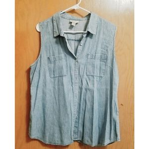 Ann Taylor LOFT Sleeveless Chambray Button-up Top